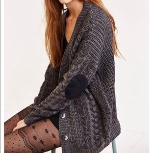 Olive & Oak Gray Knit Cardigan with Elbow Patches
